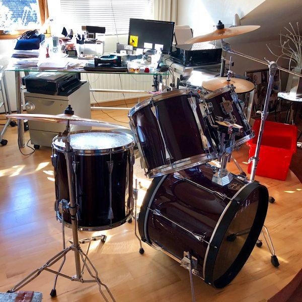 Wulften - Tama Artstar ES inkl. Meinl Beckenset + Gibraltar Hardware + Iron Cobra DoFuMa!